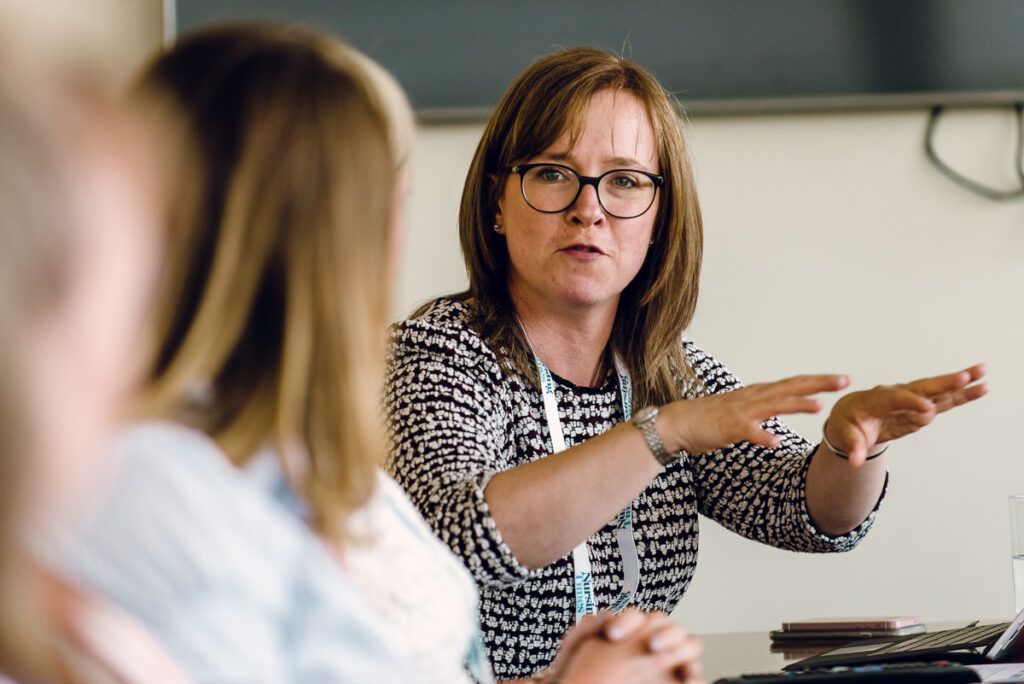 通过技术改变护士的角色:圆桌会议