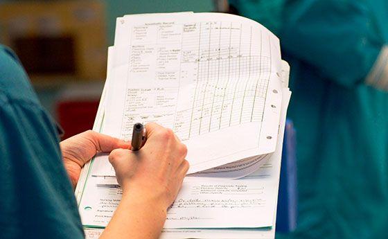 护士做笔记